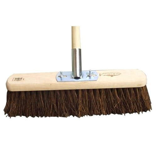 "18"" Stiff Bassine Platform Broom"